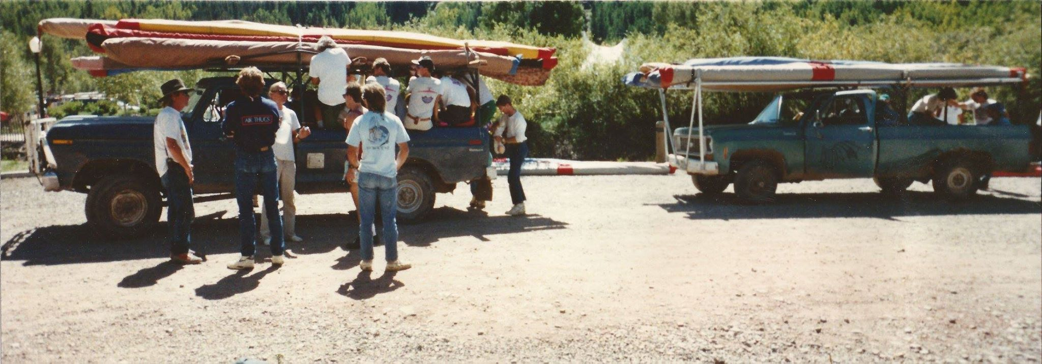 Loading up on Bumbo's F250 lets go flying 1989.